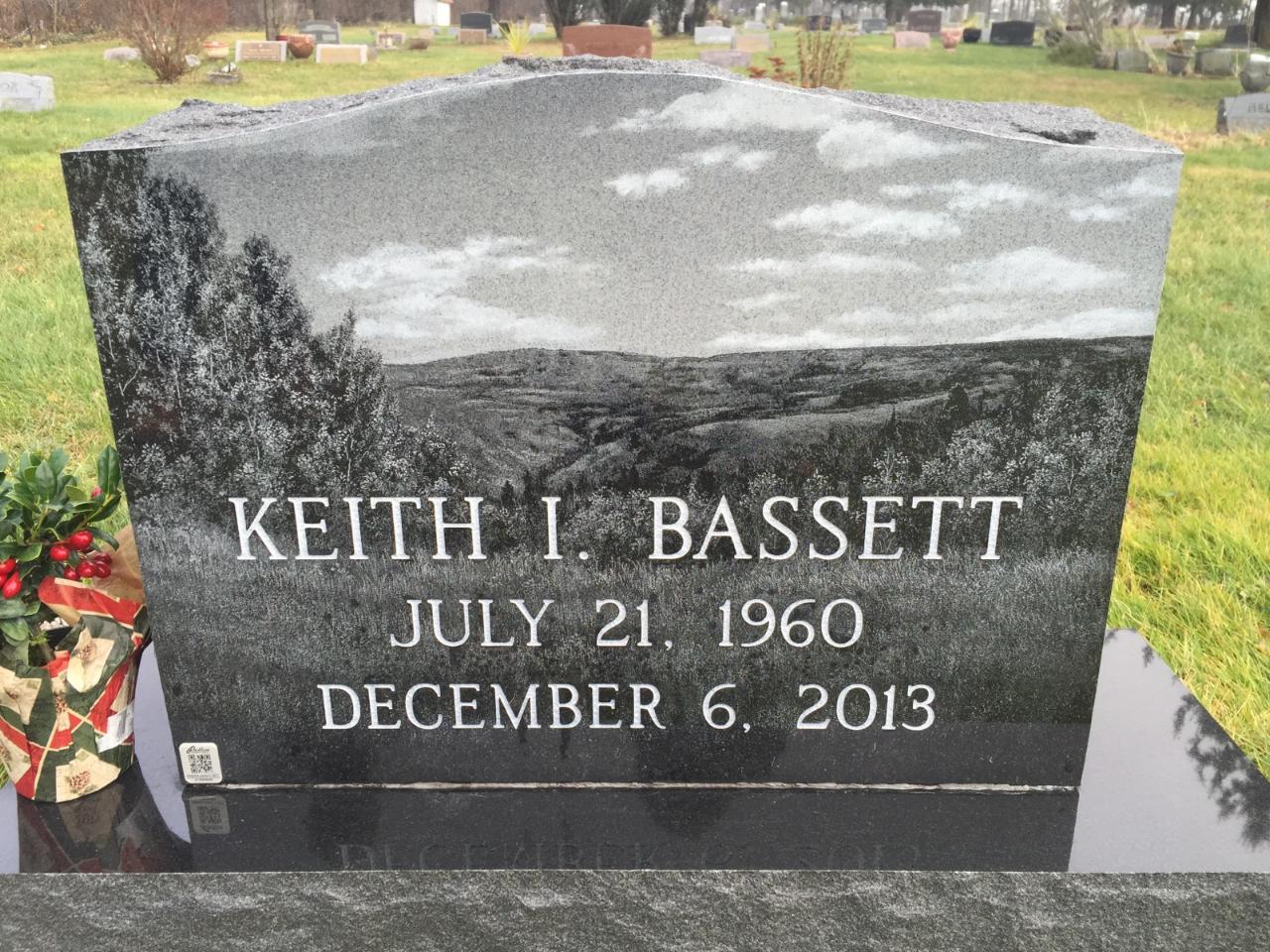 Basset Upright